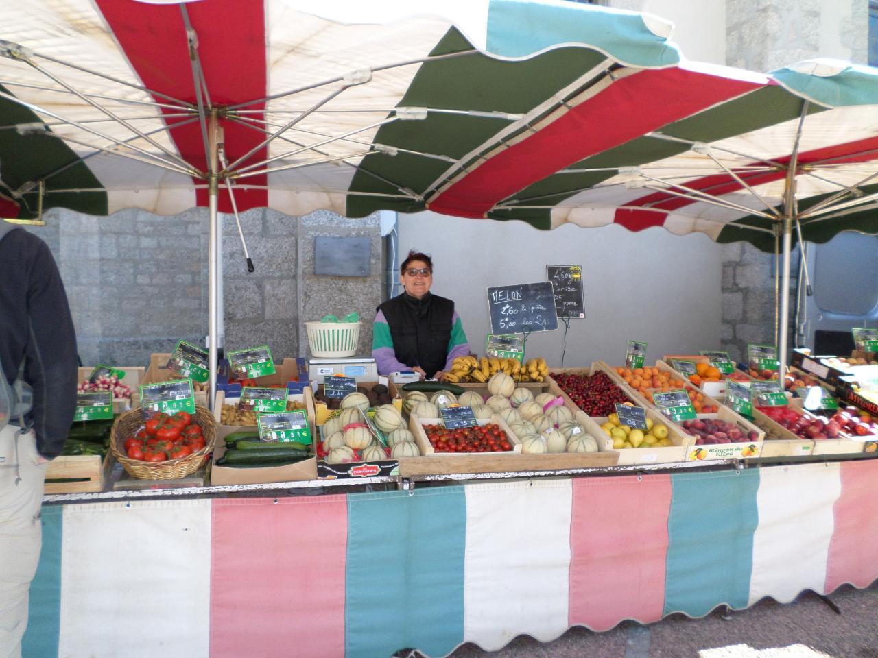 vie d'Ouroux en morvan et ses commerçants